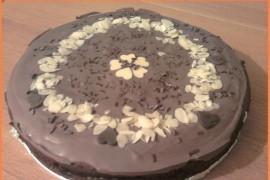 Czarny tort