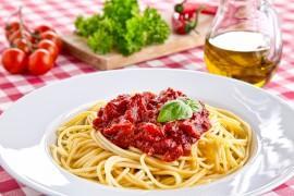 Spaghetti z cukinią i papryką