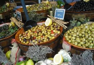 Oliwkowe złoto – rośnie sprzedaż hiszpańskich oliwek