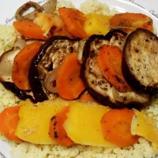 Na przeziębienie: kasza jaglana z pieczonymi warzywami
