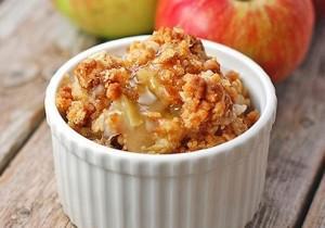 Chrupiący deser z jabłek