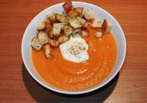 Zupa krem z marchewki i batatów