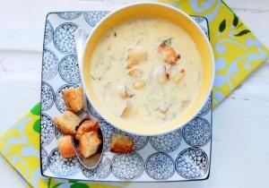 Pyszna i prosta zupa serowa