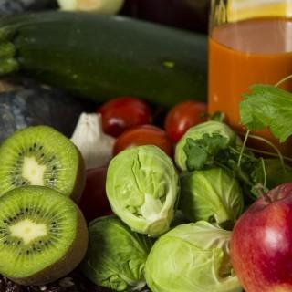 Zdrowa dieta vs. brak czasu – jak uniknąć pułapek fast-foodu w pracy?