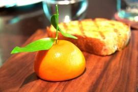 Bruschetta z sezonowymi owocami