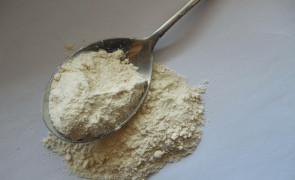 Ile to 100 g mąki, 1 szklanka cukru, 25 g miodu? ZOBACZ PRZELICZNIK
