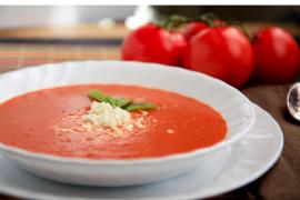 Zupa pomidorowa z kozim serem