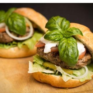 Domowy burger z indyka