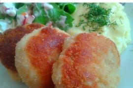 Wegetariańskie kotlety z ziemniaków i sera żółtego