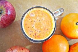 Wzmacniający napój z marchwi i miodu