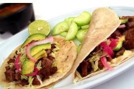 Tacos z wołowiną i awokado
