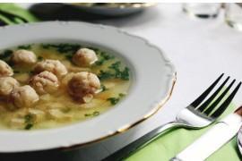 Zupa ziemniaczana z pulpecikami mięsnymi