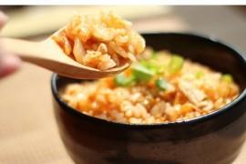 Co zrobić gdy ugotujesz za dużo ryżu? 4 super przepisy