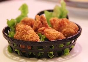 Pierś kurczaka w panierce z krakersów