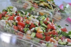 Indyjska sałatka z pomidora i ogórka