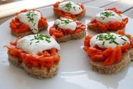 Bułeczki z pomidorami i mozzarellą