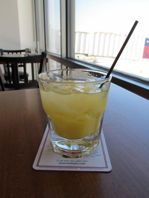 Screwdriver,_Birmingham-Shuttlesworth_International_Airport,_Birmingham_AL (480x640)