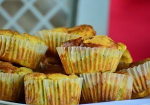 Muffiny na słono – jajeczne babeczki ze szpinakiem!