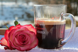 Jak zaparzyć idealną, tradycyjną kawę po turecku?