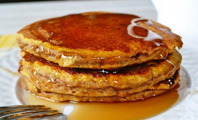 2012-11-13-r-whole-wheat-pumpkin-pancakes