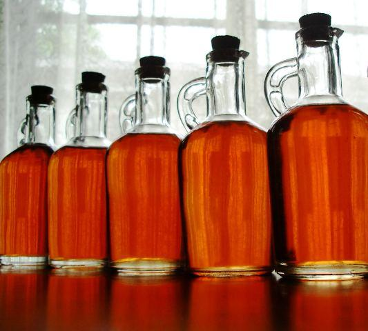 Homemade_strawberry_liqueur