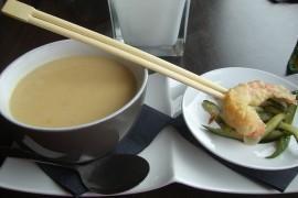 Tajska zupa kokosowa
