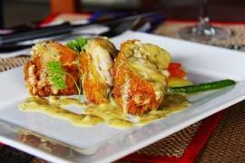Polędwiczki z kurczaka w panierce serowej
