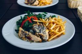 Grillowany kurczak w sosie pieprzowym