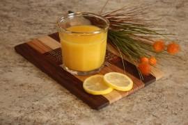 Bomba witaminowa – wzmacniający sok z pomarańczy i cytryny