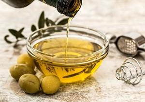 Jak dobrać oliwę do potrawy? 3 PROSTE WSKAZÓWKI