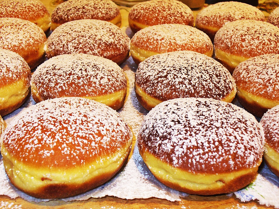 donuts-844023_960_720