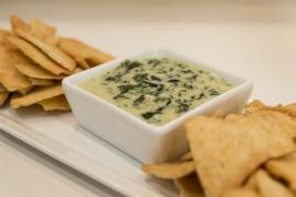 Szpinak zapiekany serem pleśniowym
