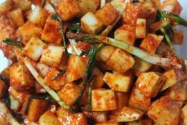 Hiszpańskie patatas bravas
