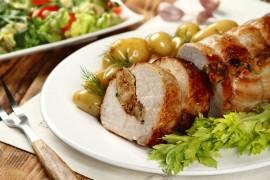 Pascal poleca: Schab faszerowany chlebem z suszonymi pomidorami i ziołami