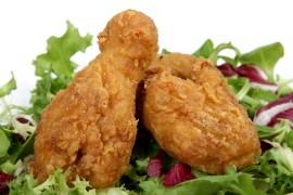 Domowy fastfood: kurczaki w chrupiącej panierce