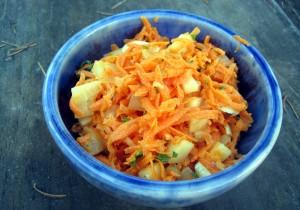Sałatka z marchewki z jajkami