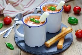 TOP 5 przepisów na rozgrzewające zupy – idealne na JESIEŃ