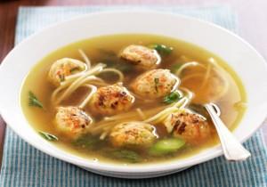 Lekka i prosta zupa z rybnymi pulpecikami