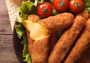 Super przekąska – mozzarella sticks