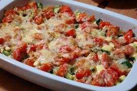 Zapiekanka serowa z cukinią, pomidorami i kurczakiem