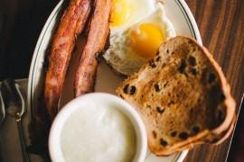 7 pomysłów na śniadanie w stylu amerykańskim