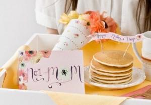 7 pomysłów na śniadanie DLA MAMY w dniu jej święta