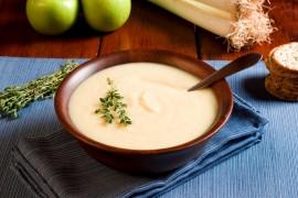 #tydzieńJABŁKOWY – zupa z jabłek z cynamonem