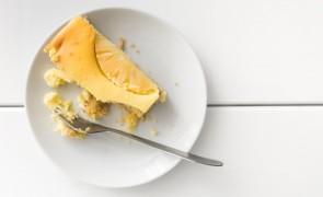 Prosty sernik ananasowy