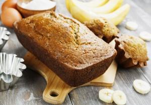 Bananowy chlebek z nutką orzechów