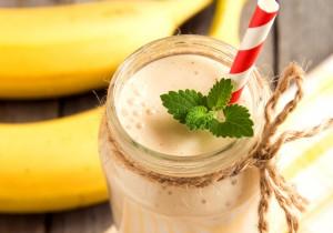 Smoothie bananowe z mlekiem kokosowym