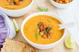 Zupa krem z cieciorki i pomidorów