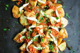 Hiszpańskie tapas: patatas bravas