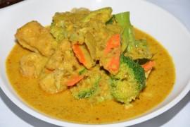 Warzywa w sosie curry – kuchnia indyjska