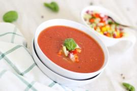 Wykwintna zupa włoska pomidorowa